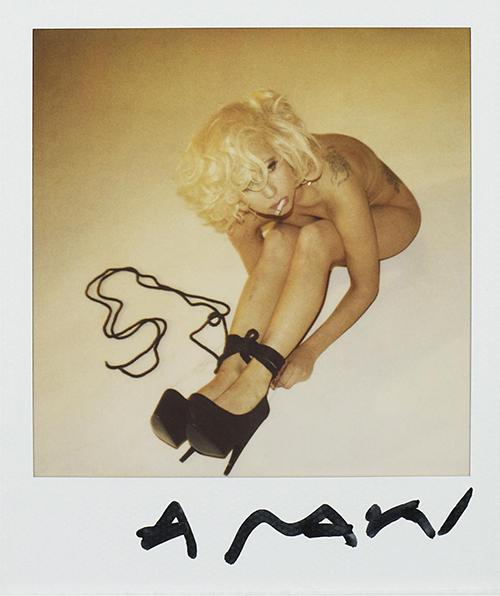 Lady-Gaga-Nobuyoshi-Araki-Photoshoot-2009-62