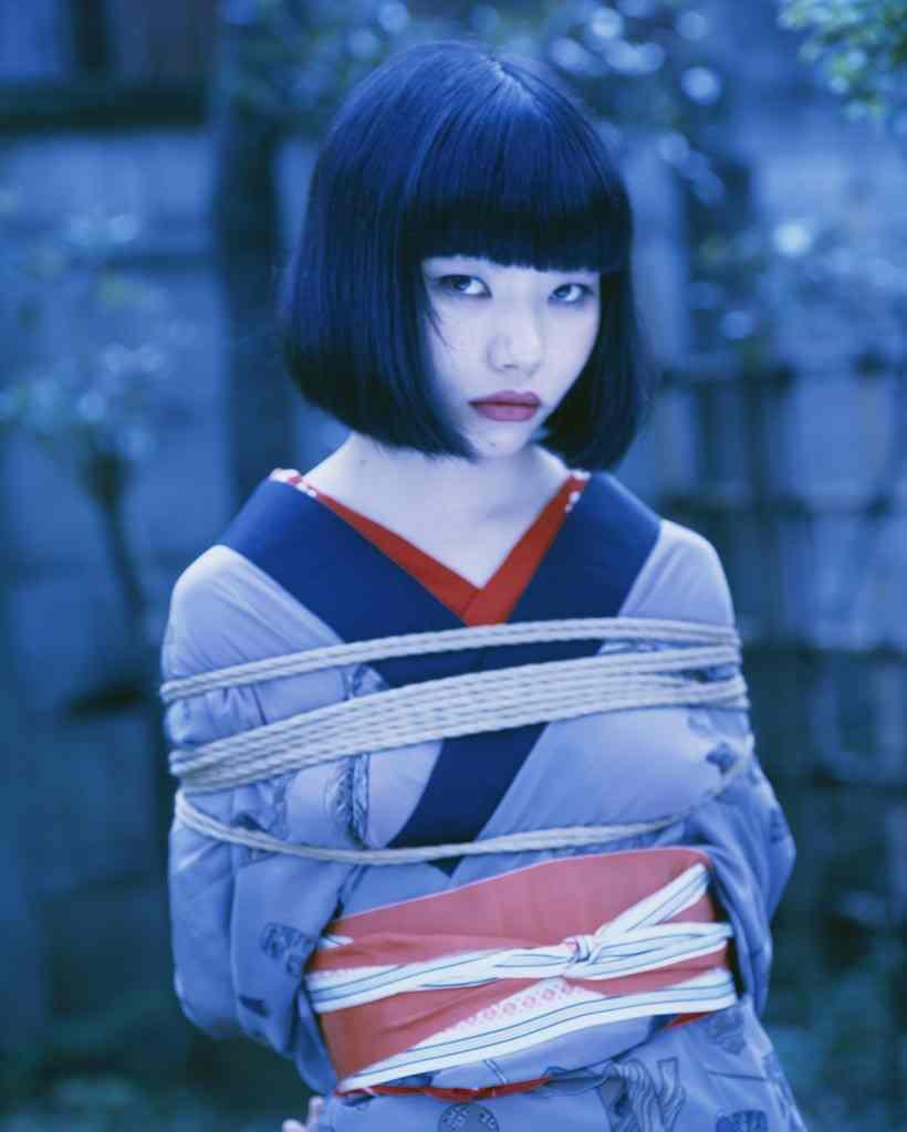 bondage-Nobuyoshi-Araki12
