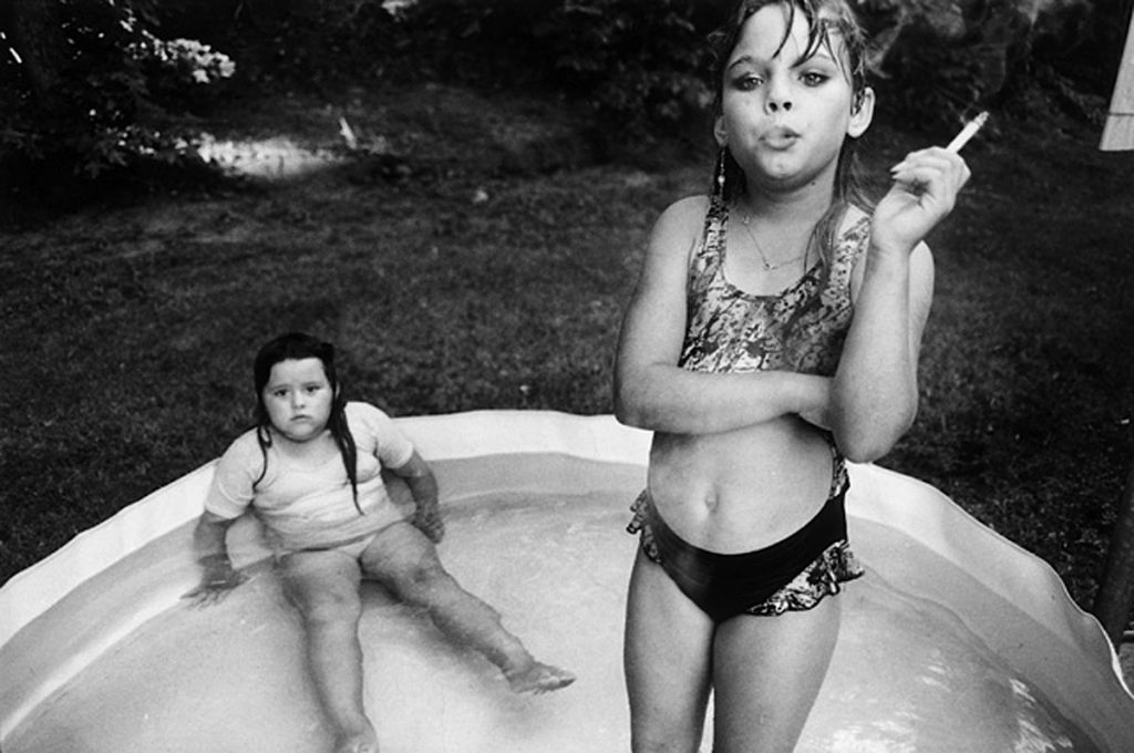 mary ellen mark fille qui fume