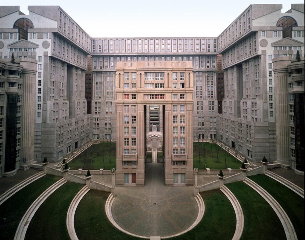 Les_Espaces_Abraxas_Marne_la_Valle_Paris_France_Ricardo_Bofill_Taller_Arquitectura_07