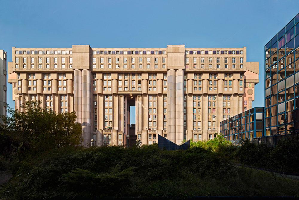Les_Espaces_Abraxas_Marne_la_Valle_Paris_France_Ricardo_Bofill_Taller_Arquitectura_23