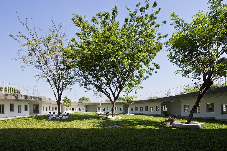 farming-kindergarten_07_northern_courtyard