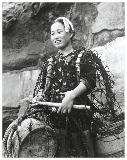 yoshiyuki-iwase- neg